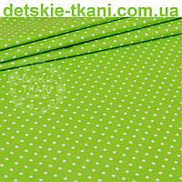 Бязь польская с горошком 4 мм на светло-зелёном фоне (№ 824)
