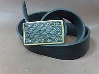 Ремень кожаный с пряжкой из бронзы со вставкой из кожи рыбы