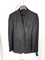 Качественный фабричный мужской костюм