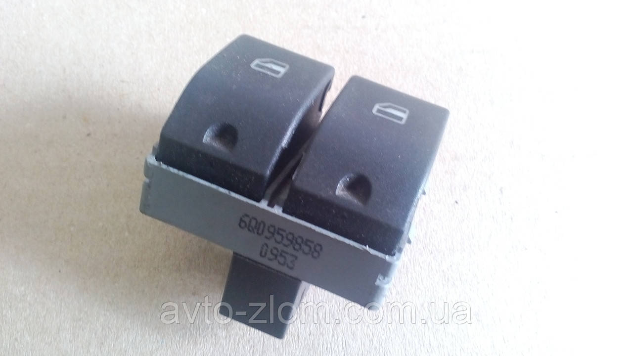 Блок управления стеклоподъемниками Volkswagen Transporter T - 5. 6Q0959858.