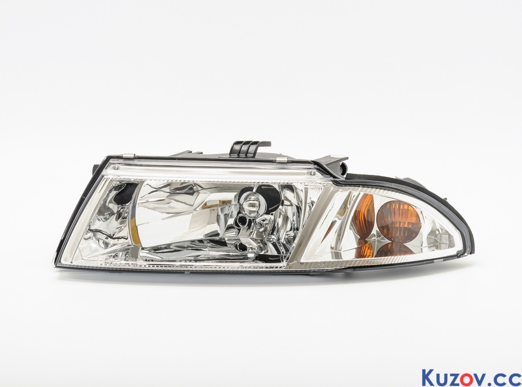 Фара Mitsubishi Carisma 99-04 правая (Depo) светлый рассеиватель 214-1