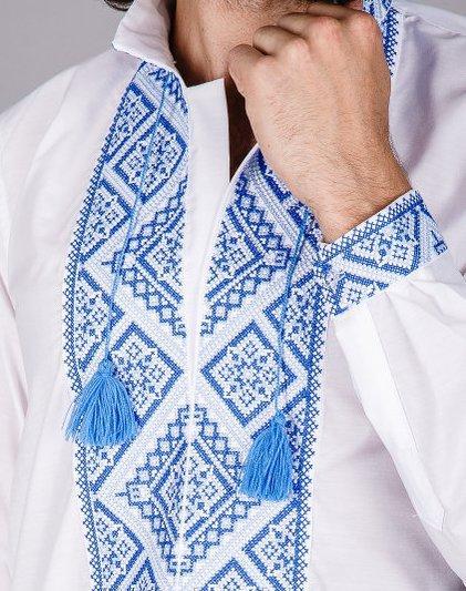 Мужская вышитая сорочка синим крестиком