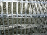 Секция 3D, ячейка 60х200, Ø 4 мм, 2,4х2,5, чёрный металл