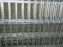 Секція 3D, осередок 60х200, Ø 4 мм, 2,4х2,5, чорний метал