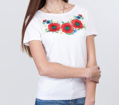 Белая женская футболка с маками