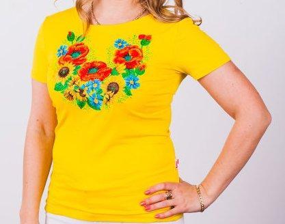 Женская футболка яркой расцветки с вышивкой на груди  продажа fc29327048e86