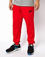 Мужские спортивные штаны Nike Найк красные (черный принт)