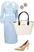 Образ с голубым платьем и бежевыми туфлями