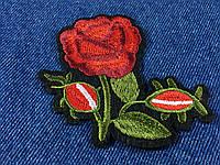 Нашивка Пион 3 бутона цвет красный