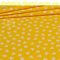 Ткань с белыми мини-сердечками на желтом фоне (№ 835)