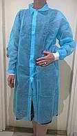 Одноразовый халат для посетителя на липучках р.L (спанбонд 25г/м2) голубой/ белый