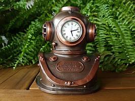 Коллекционные настольные часы Veronese Шлем Стимпанк 76453A4