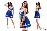 Коротенкьео платье с кружевом