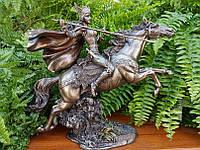 Коллекционная статуэтка Veronese Скандинавская богиня Валькирия на лошади WU75431A4