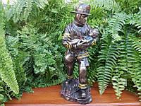 Коллекционная статуэтка Veronese Пожарный с ребенком на руках WU76803A4