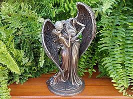 Коллекционная статуэтка Veronese Поцелуй смерти WU76855A4
