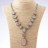 """Колье на цепочке камень Розовый кварц овал разные размеры оправа зубчик  цвет металла  """"серебро"""""""