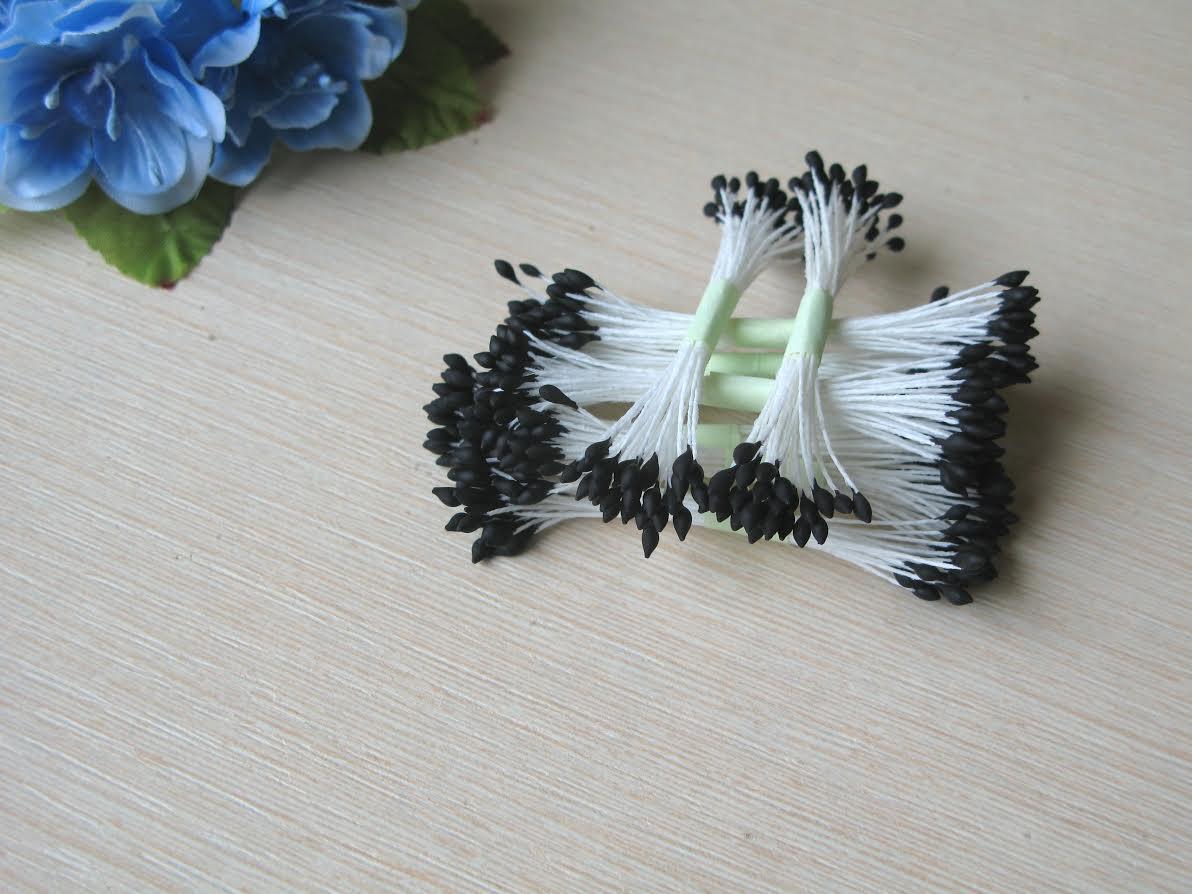 Тычинки Тайские ручной работы капельки.Цвет черный на белой нити. 24-25 ниток 48-50 головок