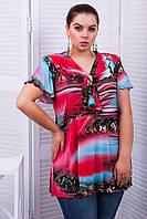 Туника летняя нарядная средней длины с коротким рукавом и декоративным воротом большого размера 50