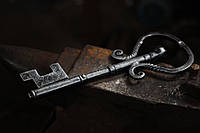 Кованый ключ сувенирный, фото 1