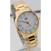 Мужские часы Q&Q Q968J001Y золотистые с белым циферблатом водозащитные, фото 1