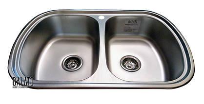 Кухонная стальная мойка с 2 чашами и ковриком (77*49*18 cм) Galati Vayorika 2C Textură 8490, фото 2