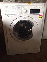 Стиральная машина Indesit IWSE 5105 B Б/У