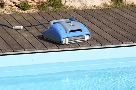 Робот пылесос для бассейна Dolphin Supreme M3