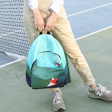 Модный рюкзак для прогулок