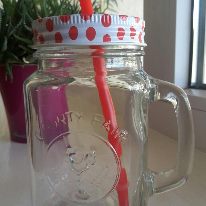 """Баночка  стеклянная с ручкой  и трубочкой для подачи напитков 400мл - """"Queen"""" Посуда и аксессуары для кафе, баров, ресторанов в Мукачево"""