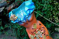 Оригинальная ваза Персиковое платье.