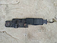 Замок багажника 4F9827383A VAG держатель замка с эл. двигателем доводчика Суперб 2, фото 1