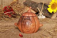 Кокотница с резным декором