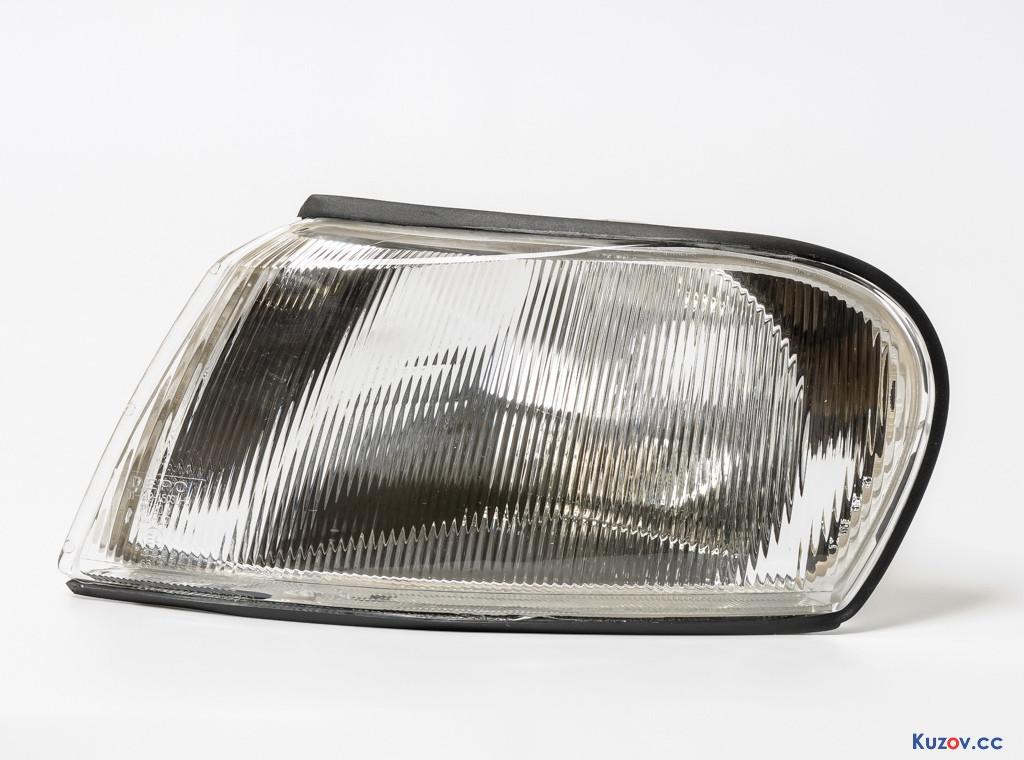Указатель поворота Opel Vectra B 96-02 правый, белый (Depo) 442-1503R-UE 90512149