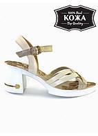 Женские кожаные бежево-золотые босоножки на каблуке SLiP № 5971-31