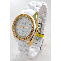 Часы Q&Q GQ13J001Y женские белые с золотом в стразах пластиковый браслет водозащитные 3 Bar диаметр 35 мм