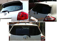 Спойлер над стеклом под покраску на Toyota Auris 2006-2012