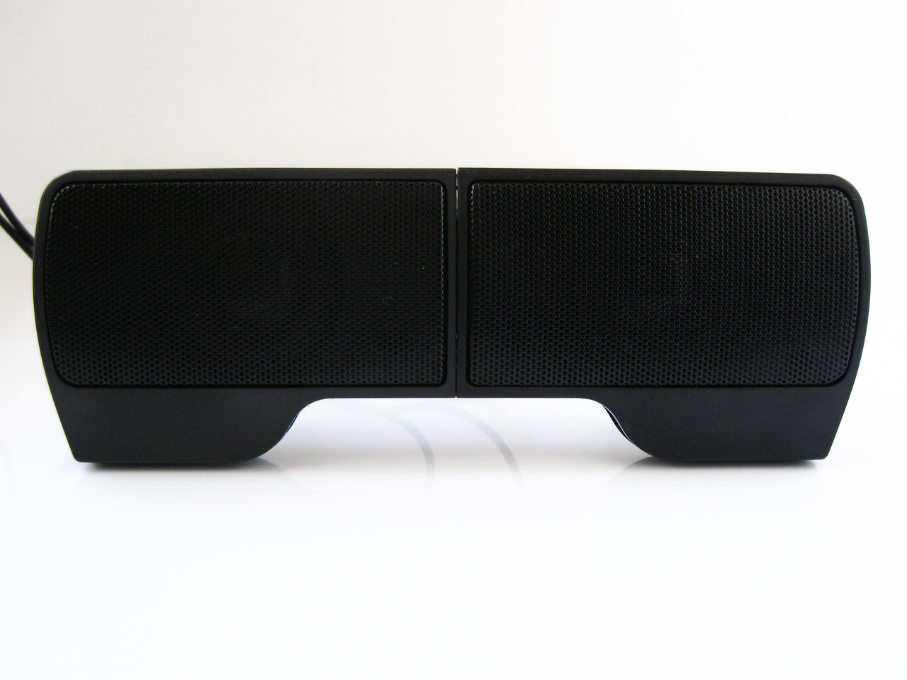 Акустическая система 2.0 6W TRY Sound CLIP USB крепление на крышку ноутбука черная новая гарантия 12мес!