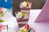 """Стаканчик для десертов """"пирамида"""""""