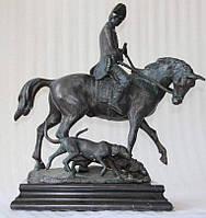 Бронзовая скульптура Охотник с собаками, нач ХХ-го века
