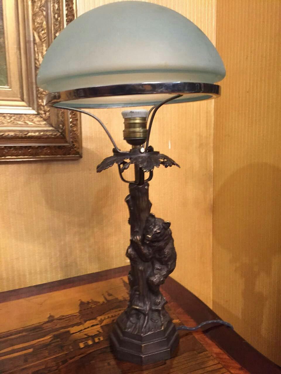 Бронзовая настольная лампа Медведь, автор В.Грачёв, 19 век