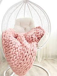 Плед крупной вязки розовый