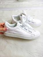 Кроссовки лаковые с лентами+шнурки. цвет -БЕЛЫЙ ,материал - эколак