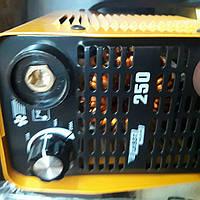 Зварювальний апарат Кайзер 250