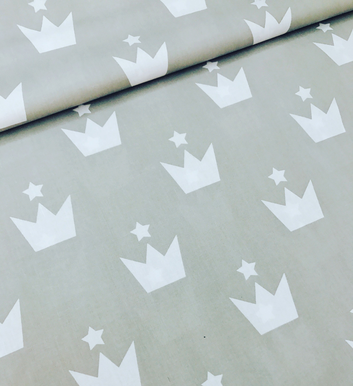 Хлопковая ткань польская короны белые крупные на сером №623