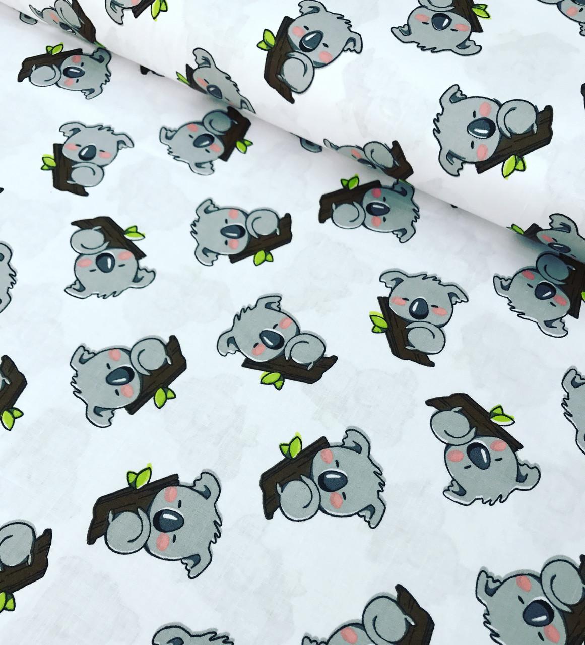 Хлопковая ткань польская коалы серые на белом №622