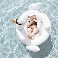 Детский надувной круг в видебелого лебедя