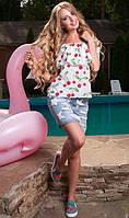 Летняя блуза с вишнями