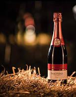 """Вино игристое красное полусладкое, земляничное Fragolino """"Fiorelli"""" Rosso750ml. ( Италия )."""