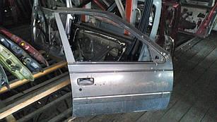 Б/у дверь передняя права для Peugeot 405